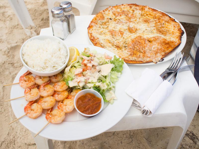 Beach side lunch from Orient Beach - Waikiki