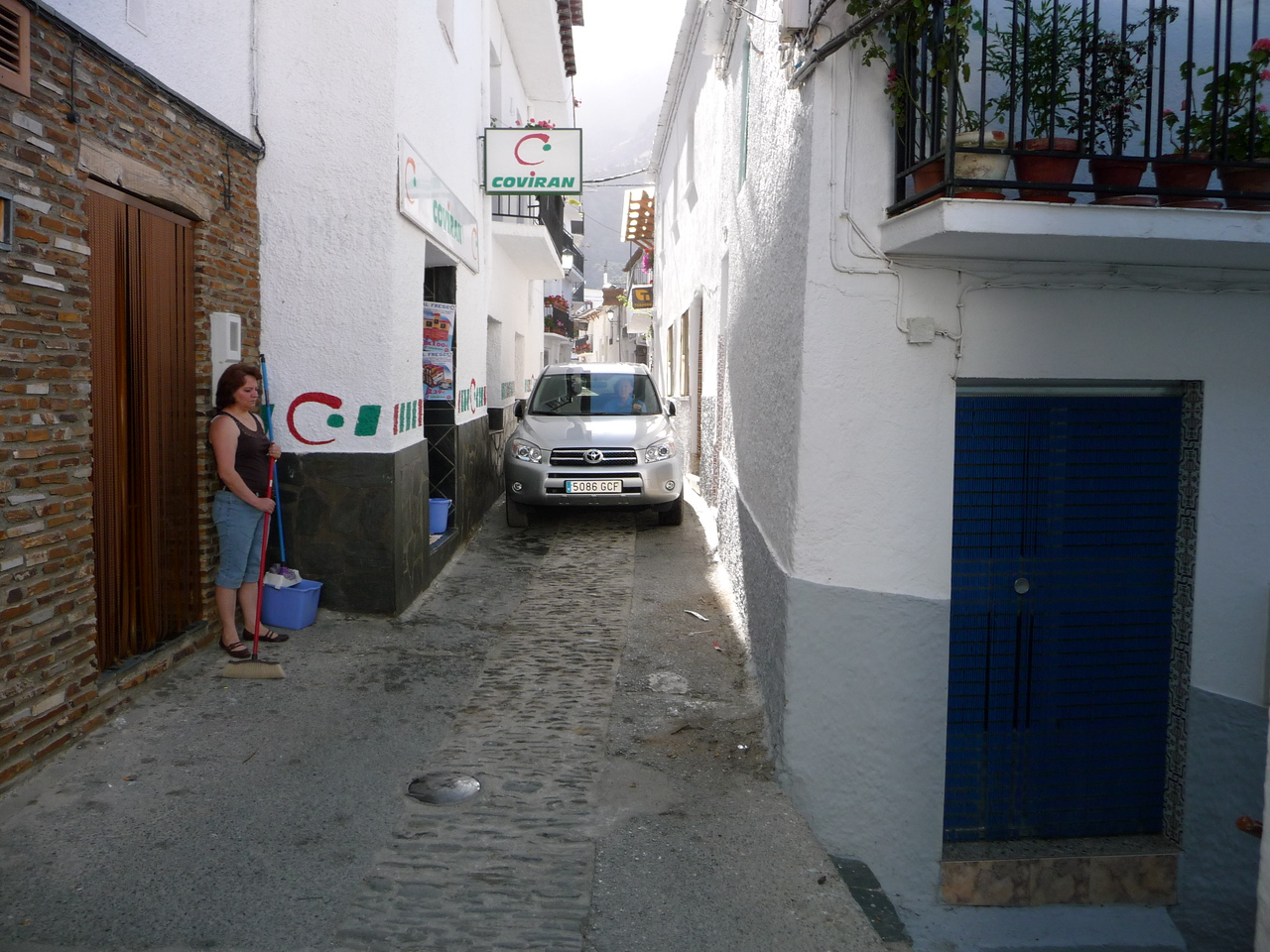 Driving through the narrow streets of Trevelez to reach our hotel