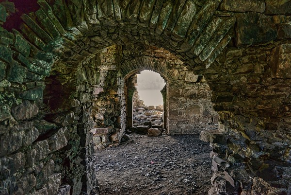 4-14-20 | Abandoned Irish Castle Whose Owner's Head Was Served On  A Platter