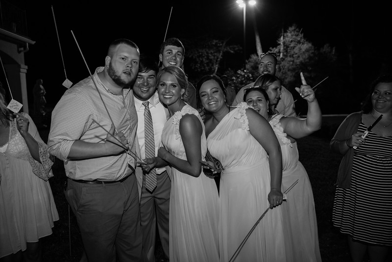 1188_Josh+Lindsey_WeddingBW.jpg
