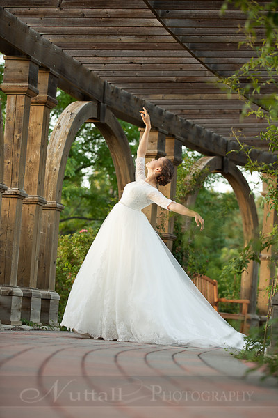 M & M Bridals-275.jpg