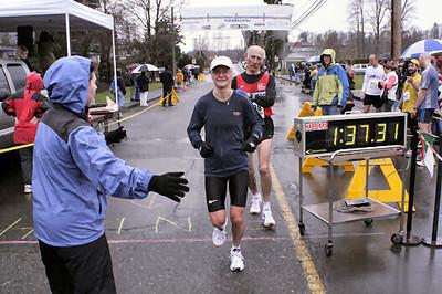 2005 Comox Valley Half Marathon - ComoxHalf2005-Al-Livsey-064.jpg