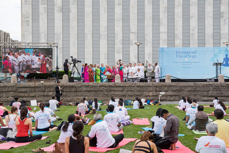 20180620_UN Int'l Day of Yoga_60.jpg