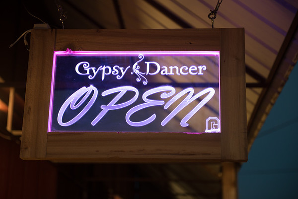 Gypsy Dancer Tasting Room grand opening 11-17-16