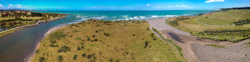 Beaches at the outlet of Waiwhakaiho River, New Plymouth