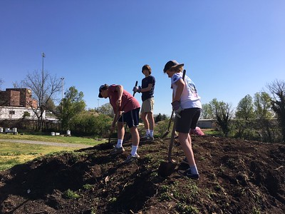 Lynchburg Grows Service Project