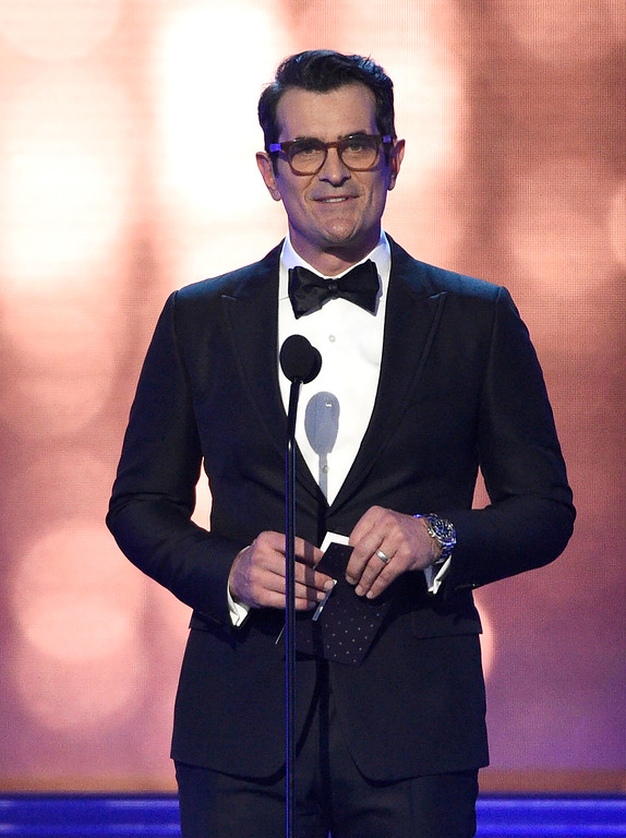 . Ty Burrell presents the award for best actress in a drama series at the 22nd annual Critics\' Choice Awards at the Barker Hangar on Sunday, Dec. 11, 2016, in Santa Monica, Calif. (Photo by Chris Pizzello/Invision/AP)
