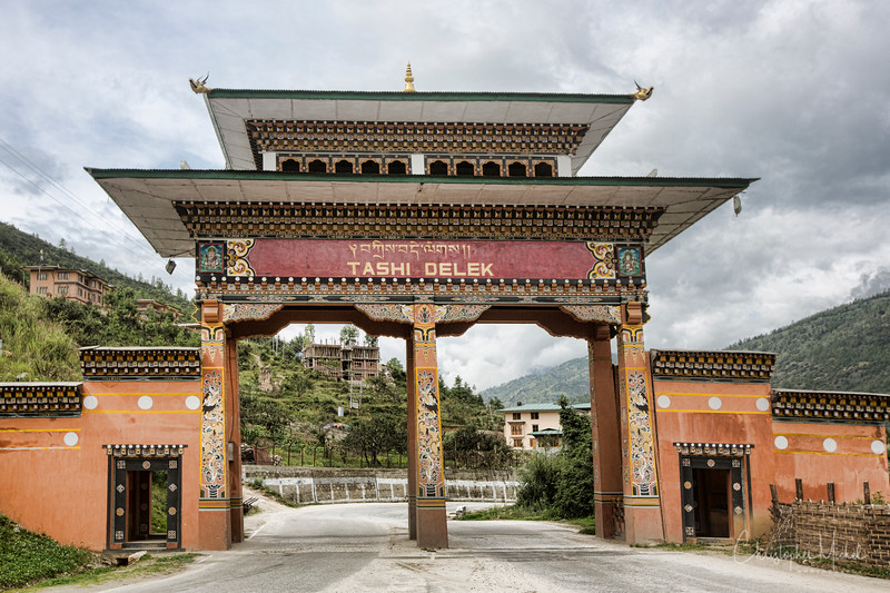 paro-valley_zhiwa-Ling_20120920_1445.jpg