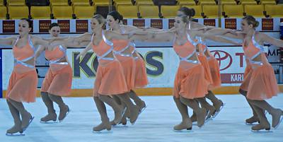 2014 11 21:  Duluth: Women's hockey, synchronized skating