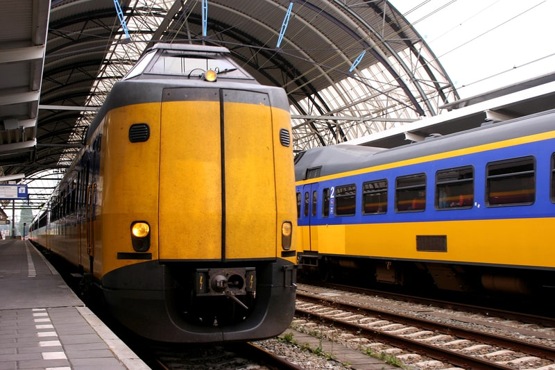 amsterdam day trips by train
