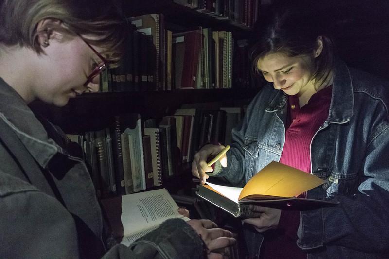 librarySneak-5634.jpg