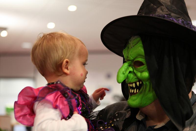 Halloween 2010 023.JPG