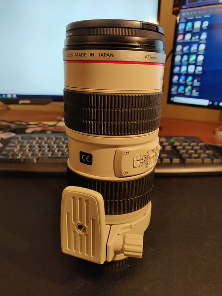 Canon EF 70-200mm 2.8 L IS USM - Serial UV1116 004.jpg