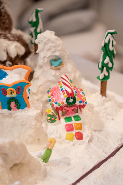 Gingerbread House-34.jpg