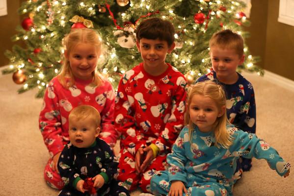 2013 12 13 CHRISTMAS PAJAMA PICS