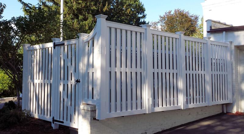 VA - Shadowbox Screen Fence