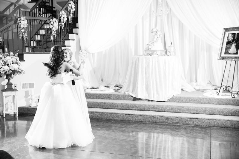 0944_Josh+Lindsey_WeddingBW.jpg