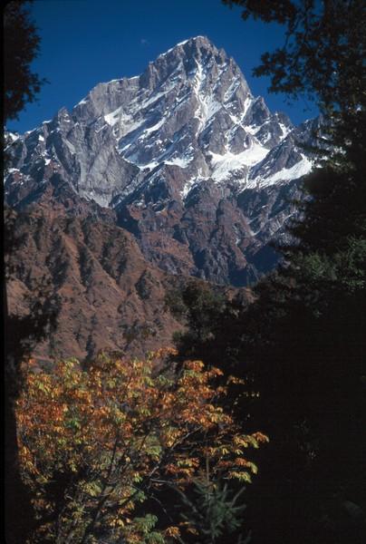 India - Joshimath - Himalaya Mnts.jpg