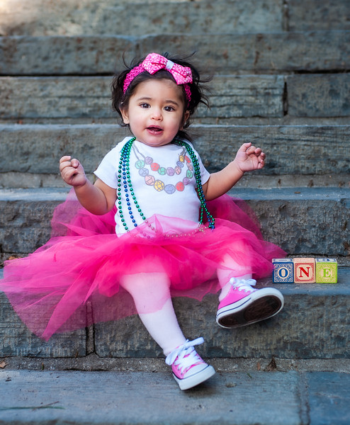 leah at  1 one year old_7.jpg