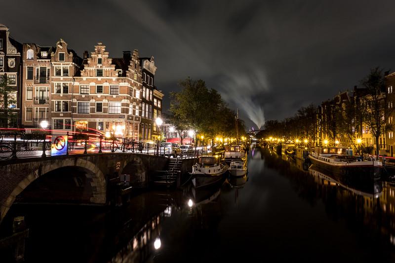 Canal Over The Papiermolensluis Bridge (Near Prinsengracht)
