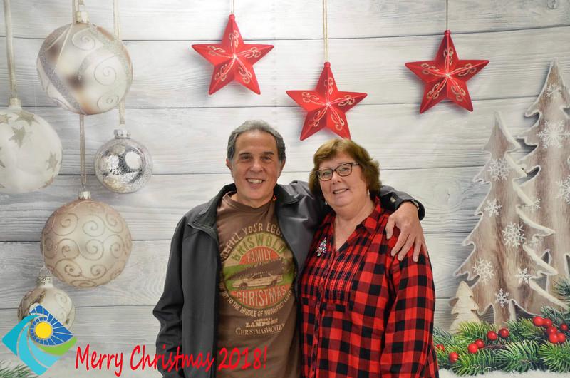 Christmas Photobooth 2018-032_01.jpg