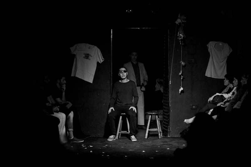 Allan Bravos - Fotografia de Teatro - Indac - Migraaaantes-289-2.jpg