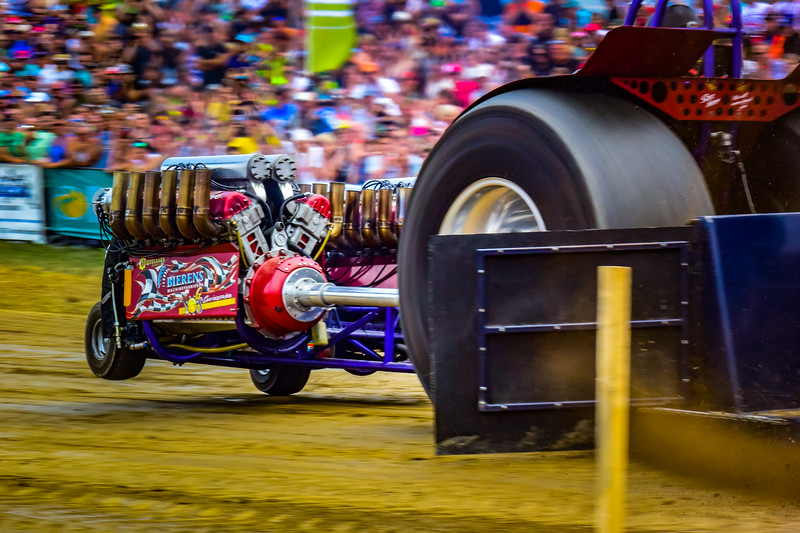 Tractor Pulling 2015 V3-0548.jpg