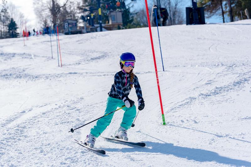 Standard-Race_2-3-18_Snow-Trails-73426.jpg