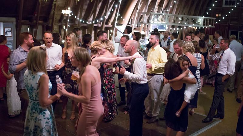 Garrett & Lisa Wedding (881).jpg