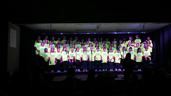 Izzie Choir (5th grade: 2018)