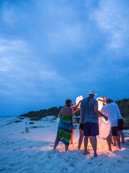 Ausyin - Beach Gathering-8310294.jpg
