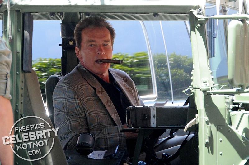 EXCLUSIVE: Arnold Schwarzenegger Smoking a Cigar Wearing Cool Sunglasses, LA