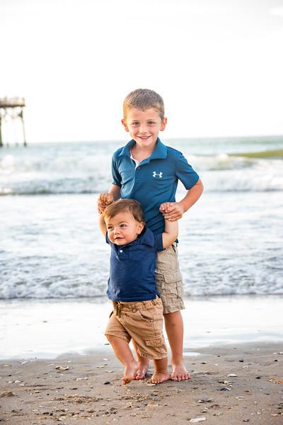 Family beach photos-129.jpg