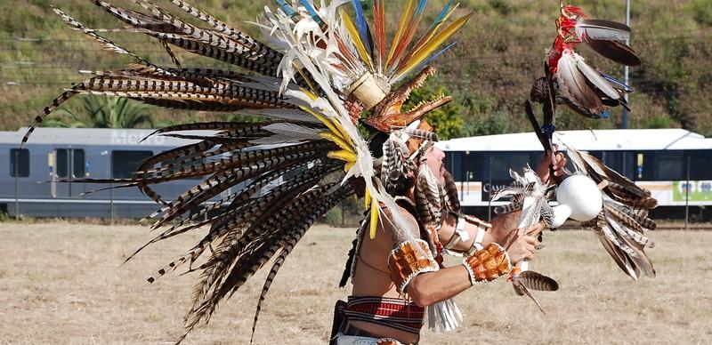 EarthDayLatino_AztecCeremony_2011--04-15_22.JPG