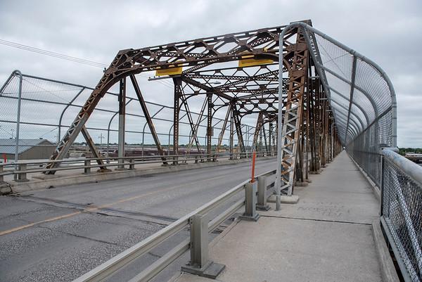The Arlington Bridge as seen July 10, 2016. (David Lipnowski for Metro News)
