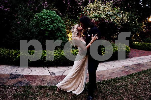 Mr & Mrs Duff