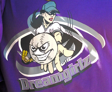 Dreamgirlz vs Silver Foxes