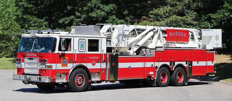 Ladder 2.  2015 Pierce Arrow XT   95' Tower