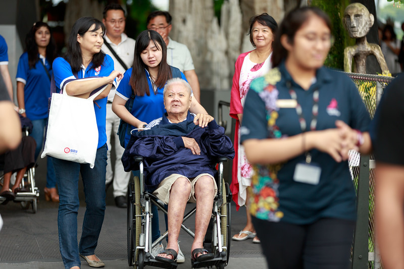 VividSnaps-Extra-Space-Volunteer-Session-with-the-Elderly-065.jpg