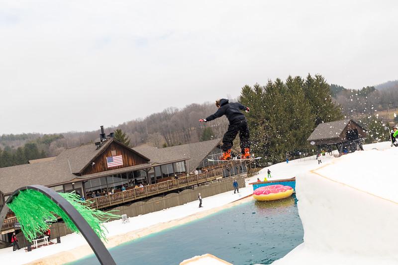 Pool-Party-Jam-2015_Snow-Trails-825.jpg