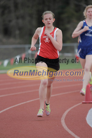 Girls' 1600 - 2014 MHSAA Region 7-1 (Milford)