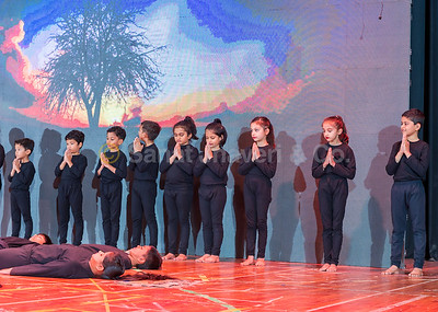 07_Yoga Performance by Classes 2 & 4