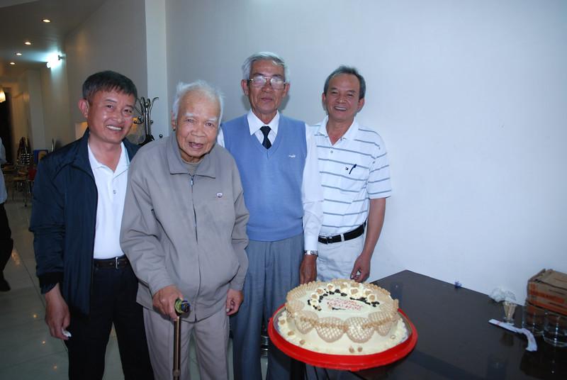 Thầy Lưu Văn Nguyên, Thầy Nguyễn Thanh Châu