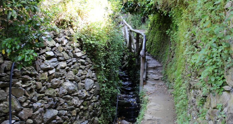 Italy-Cinque-Terre-Hiking-Blue-Path-Trail-09.JPG