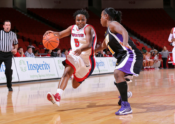 UH WBB vs ECU 2013
