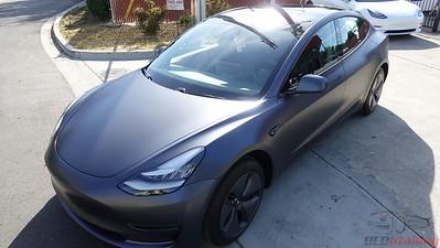 Tesla Model 3 - Stealth Midnight Silver (2)