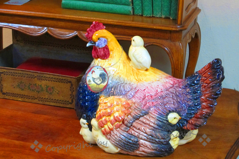 Hen & Chicks ~ This fun ceramic hen and her chicks was found in the local antique mall.  I liked its colorful glaze and the cute chicks peeking out.