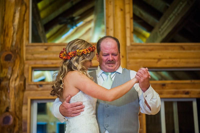 Jodi-petersen-wedding-644.jpg