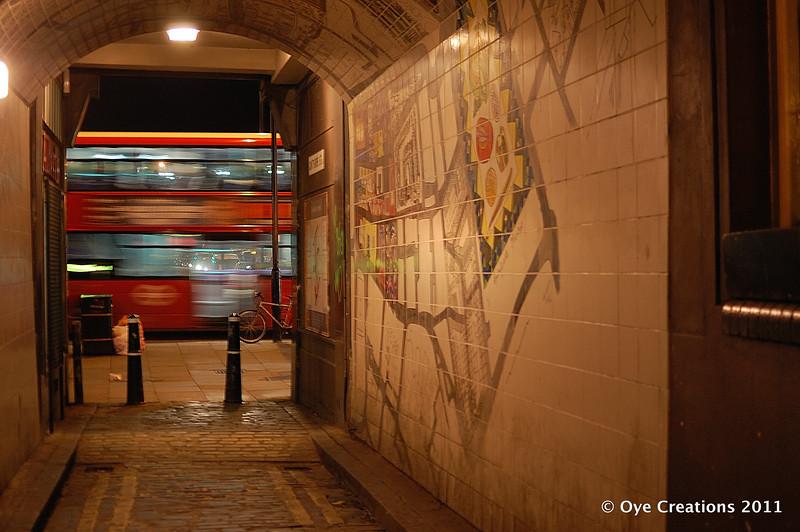 29 - A bus passes Gunthorpe St Passage - Dec 13th_w.jpg