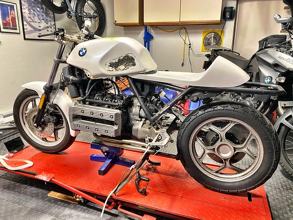 BMW K100 racing